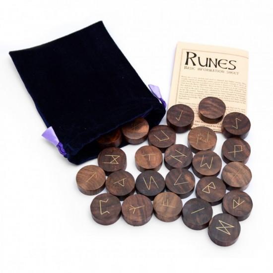 Tre - Store - Runesett
