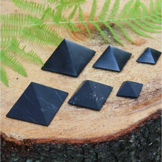 Shungitt - Upolert - Pyramide 40mm