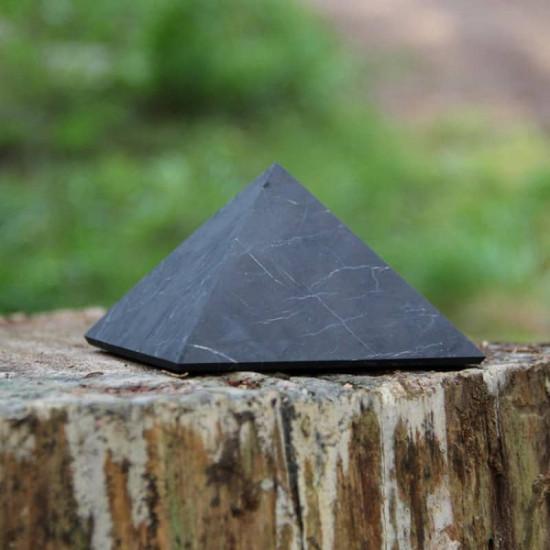 Shungitt - Upolert - Pyramide 50mm
